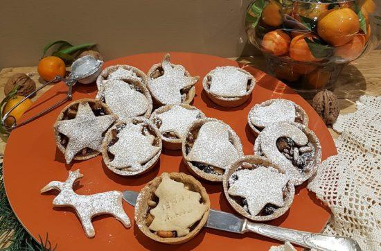 questa immagine rappresenta i mini-strudel-di-mele-scomposti-ricetta di pasticciandoconlafranca