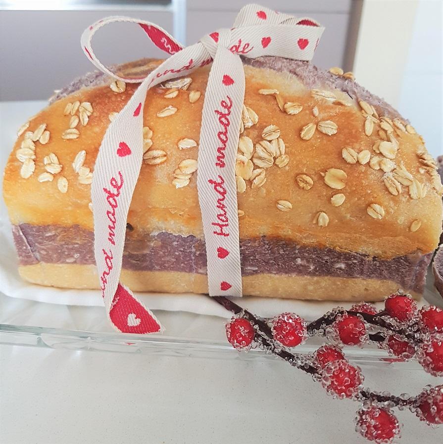 questa immagine rappresenta pan bauletto bicolore ricetta di pasticciandoconlafranca