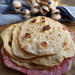 questa immagine rappresenta il pane chapati ricetta di pasticciandoconlafranca