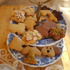 questa foto rappresenta i biscotti di frolla assortiti ricetta di pasticciandoconlafranca