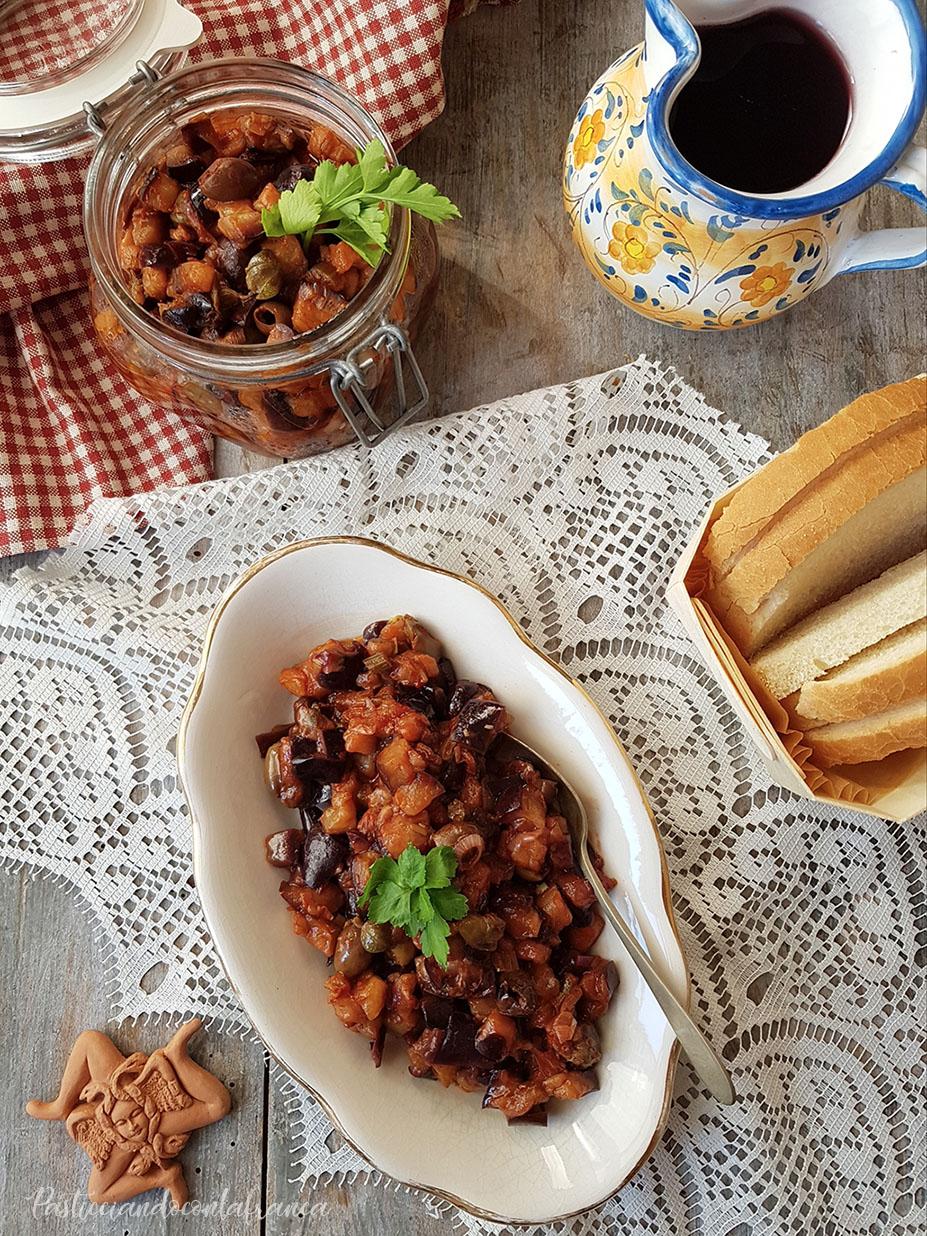 questa foto rappresenta la caponata di melanzane o caponatina ricetta di pasticciandoconlafranca