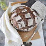 questa immagine rappresenta pane integrale al riso venere ricetta di pasticciandoconlafranca