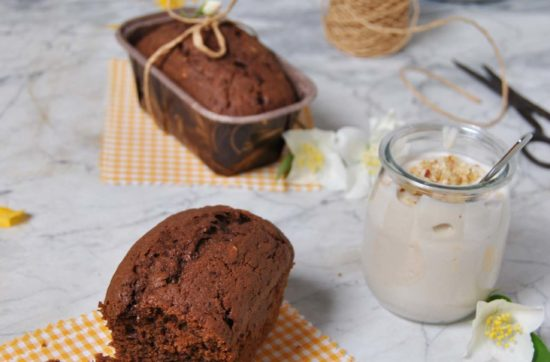 questa immagine rappresenta plumcake soffice ciocco-nocciola ricetta di pasticciandoconlafranca