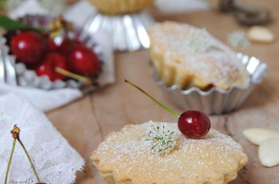 gobeletti mandorla e ciliegia ricetta di pasticciandoconlafranca