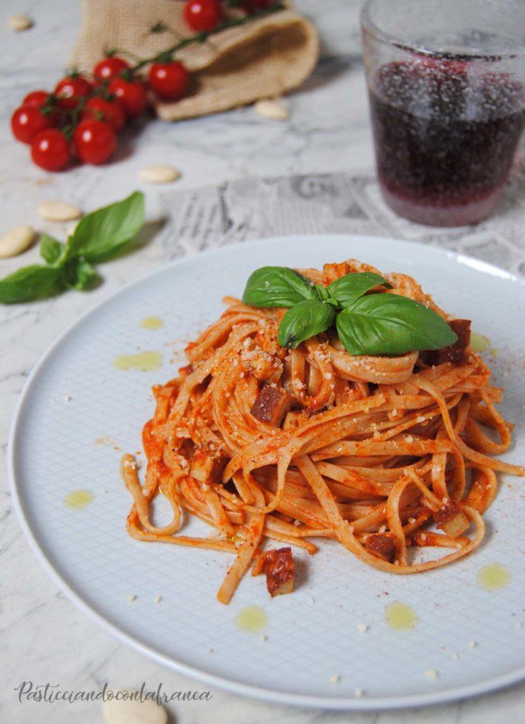 linguine integrali all'amatriciana vegetale ricetta di pasticciandoconlafranca