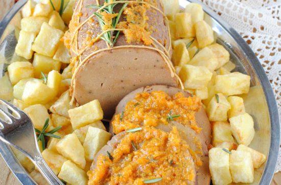 questa immagine rappresenta arrosto di seitan con battuto di carote ricetta di pasticciandoconalafranca