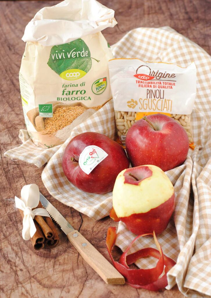 questa immagine rappresenta strudel di mele vegano ricetta di pasticciandoconlafranca