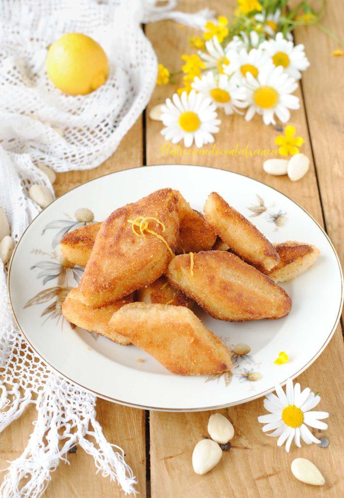 questa immagine rappresenta semolino dolce fritto ricetta di pasticciandoconlafranca