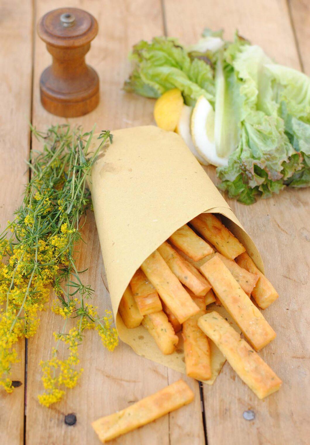 questa immagine rappresenta patatine di panissa al forno ricetta di pasticciandoconlafranca